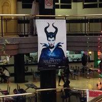 Photo taken at Fox Cineplex by Rødney ا. on 6/2/2014