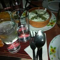 12/31/2012 tarihinde Hakan B.ziyaretçi tarafından Livane Cafe & Bar'de çekilen fotoğraf