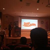 Photo taken at Mavi Paylaşım Sualtı Sporları ve Bilimleri Toplantısı by Furkan Y. on 5/9/2015