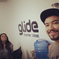 Photo taken at Ultra Djs - Glide Talents & Label by Thiago M. on 11/4/2014