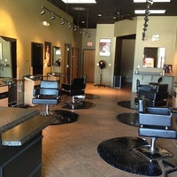 Снимок сделан в Turnarounds Salon And Day Spa пользователем Kimberly R. 3/2/2013