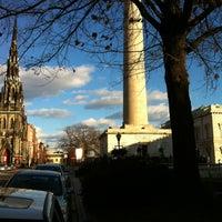 Foto diambil di Mount Vernon Place oleh Craig T. pada 12/22/2012