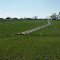 Photo taken at Maple Run Golf Course by Errance M. on 4/27/2014
