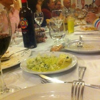 Photo taken at Restaurante Blanco y verde by Lucia S. on 4/28/2013