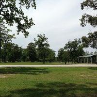 รูปภาพถ่ายที่ Alexander Deussen Park โดย Nadie เมื่อ 5/12/2013