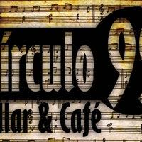 Photo prise au Circulo 99 Billar & Cafe par Circulo 99 Billar & Cafe le8/26/2014