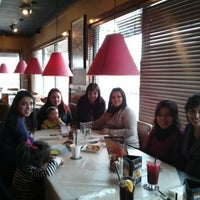 Photo taken at Ruby Tuesday by Zulema Iveth A. on 1/25/2013