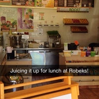 Photo taken at Robeks Fresh Juices & Smoothies by Eric S. on 7/1/2014