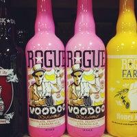 รูปภาพถ่ายที่ Binny's Beverage Depot โดย Lisa K. เมื่อ 8/17/2013