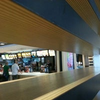 Photo taken at McDonald's by ไรอัน ไหวพริบ (. on 1/8/2013
