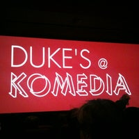 Photo prise au Duke's At Komedia par Stephen W. le12/4/2012