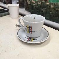 Foto scattata a Conde De Medellin Especiality Coffees México da Jaime L. il 3/5/2017