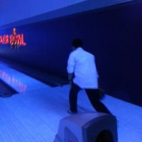 Photo taken at Major Bowl Hit นครสวรรค์ by Panya_m on 2/24/2013
