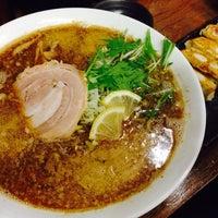 Photo taken at らー麺 つやつや by Katsuhiro I. on 12/3/2013