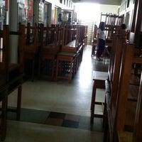 Photo taken at Yamsaard Rangsit School by Sarawut P. on 9/30/2015