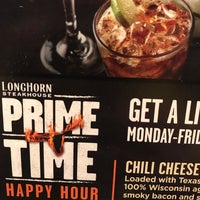 Photo taken at LongHorn Steakhouse by Holly Anne W. on 9/23/2017