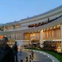 Das Foto wurde bei Optimum von Meryem Y. am 4/18/2013 aufgenommen