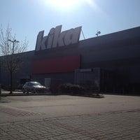 Photo taken at Kika by Vivi T. on 4/15/2013
