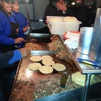 Photo taken at Tacos Marvichi by Shai M. on 11/18/2012
