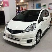 Photo taken at Wong Honda Cars by Mou¥ L€K . on 4/10/2015