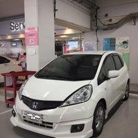 Photo taken at Wong Honda Cars by Mou¥ L€K . on 4/24/2017