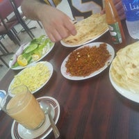 Photo taken at مطعم الشاطئ الفضي - الزور by Adel❗ on 2/24/2013