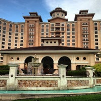 Photo taken at Rosen Shingle Creek Hotel by Ronen E. on 5/21/2013