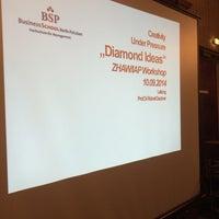 Das Foto wurde bei Business School Berlin Potsdam (BSP) Hochschule für Management von Dr. B. am 9/10/2014 aufgenommen