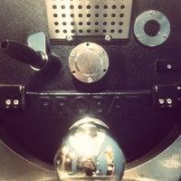 Das Foto wurde bei Campesino Coffee Roasters von Adrian H. am 10/31/2013 aufgenommen