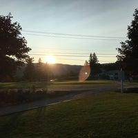 Foto tomada en Mount Snow Golf Club por Doug S. el 8/25/2017
