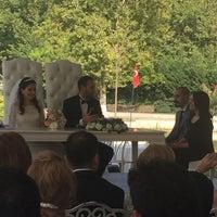 Das Foto wurde bei Alibeyköy Nikah Salonu von Burcu C. am 7/30/2016 aufgenommen