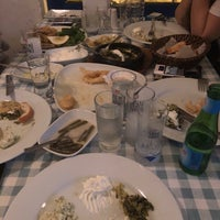 Foto tomada en Samos Tavern Restaurant por Ahmet T. el 3/3/2018