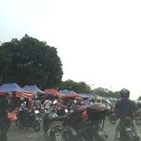 Foto diambil di Bazar depan UNITEN oleh Malik 1. pada 7/4/2014