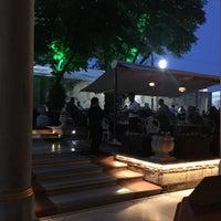 Foto scattata a Mihri Restaurant & Cafe da ✨Fatih✨ K. il 6/2/2018