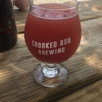 Photo taken at Crooked Run Brewing by Elise S. on 8/27/2017