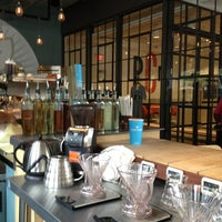 Foto tomada en Dancing Goats Coffee Bar por David A. el 10/2/2012