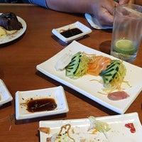 Foto tirada no(a) Saikou Sushi por Vivian E. em 8/29/2018