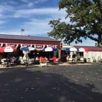 Photo taken at Smokin' Coop BBQ by Robert R. on 9/27/2014