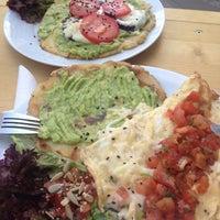 Das Foto wurde bei FunkYou - Natural Food von Rosa am 7/6/2014 aufgenommen