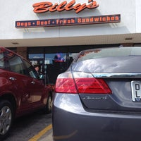 Foto tomada en Billy's Hot Dogs  por HondaPro J. el 7/9/2014