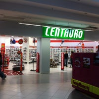 Photo taken at Centauro by Leandro R. on 2/23/2013