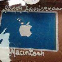 Photo taken at Apple by Scott I. on 1/24/2013