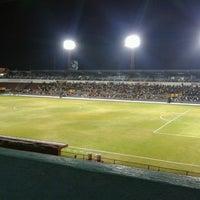 Foto tomada en Estadio 3 de Marzo por Rodo M. el 3/13/2013