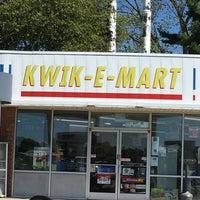 Photo taken at Marathon / Kwik-E-Mart by Donnie P. on 9/22/2016