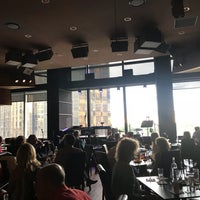 Foto tirada no(a) Jazz at Lincoln Center por Roberta G. em 6/24/2018