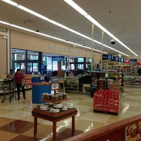 Photo taken at Food Lion Grocery Store by Francis L. on 6/8/2013