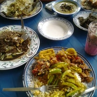 Photo taken at Nasi Padang Warung 45 by Fitri A. on 5/11/2013