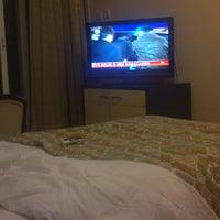 Das Foto wurde bei Ünlüselek Hotel von Yener E. am 2/21/2013 aufgenommen