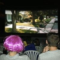 Das Foto wurde bei Cinema Los Vergeles von Jose Emilio M. am 8/30/2013 aufgenommen
