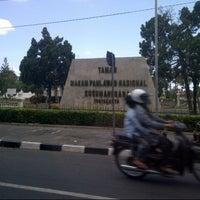 Photo taken at Taman Makam Pahlawan Kusuma Negara by Dhaniswara D. on 8/10/2013